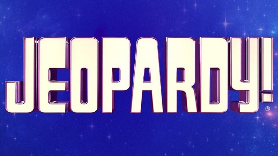 Former 'Jeopardy' players demand apology for contestant's alleged white power hand gesture; he denies it