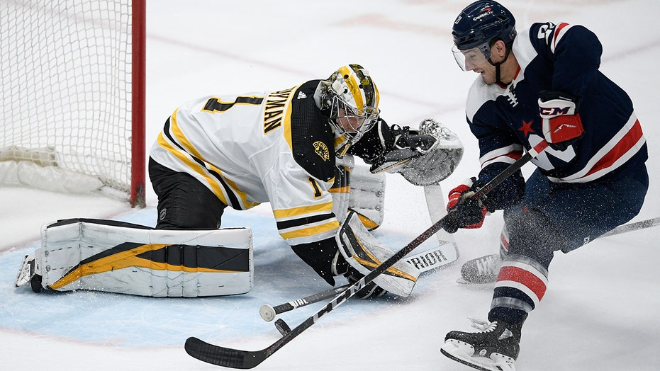 Jeremy Swayman wins 2nd NHL start, Bruins beat Capitals 4-2