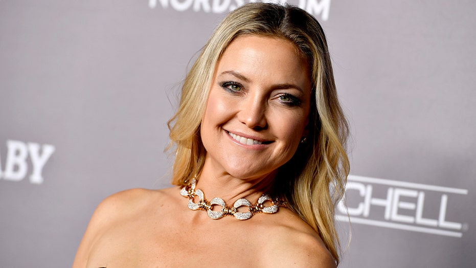 Kate Hudson dazzles in colorful 'cotton candy' bikini: 'Love it'