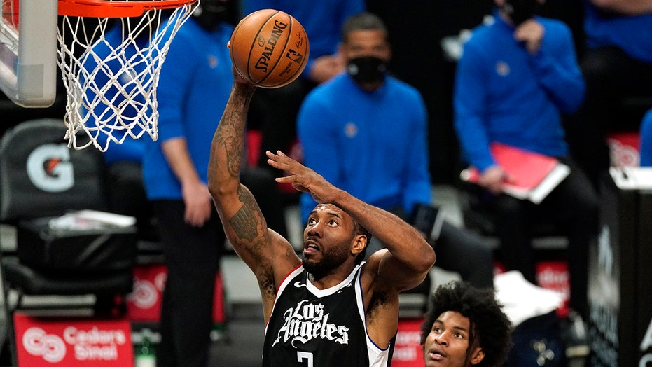 Leonard scores 31 as Clippers extend winning streak to 4