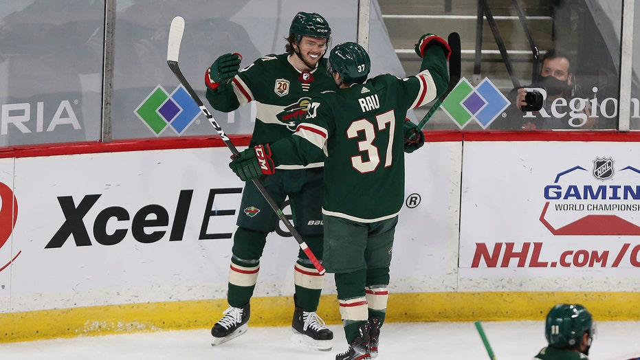 Wild slow Avs' surge as Fiala's hat trick highlights 8-3 赢得