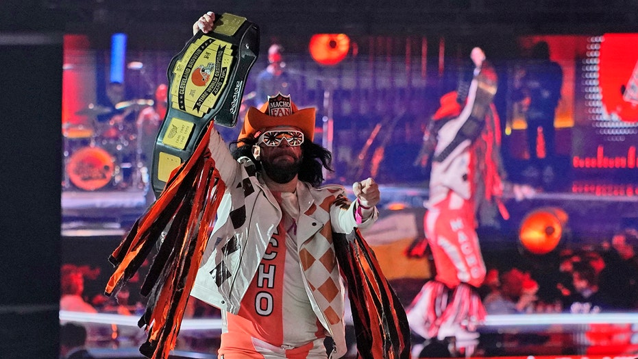 'Macho Fan' electrifies NFL Draft crowd ahead of Browns' second-round pick