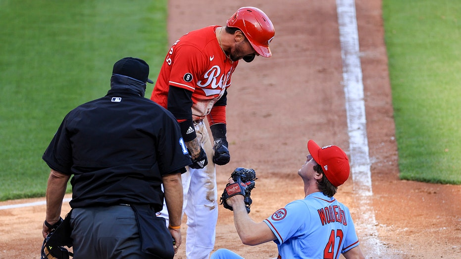 Reds' Nick Castellanos suspended 2 games for role in bench-clearing incident against St. Louis