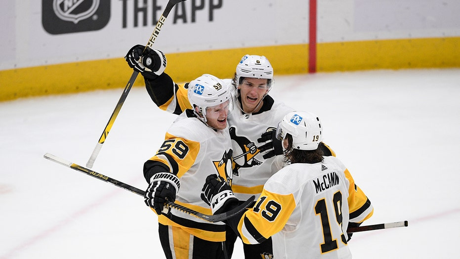 Fab 15; Penguins happy but not satisfied with playoff streak