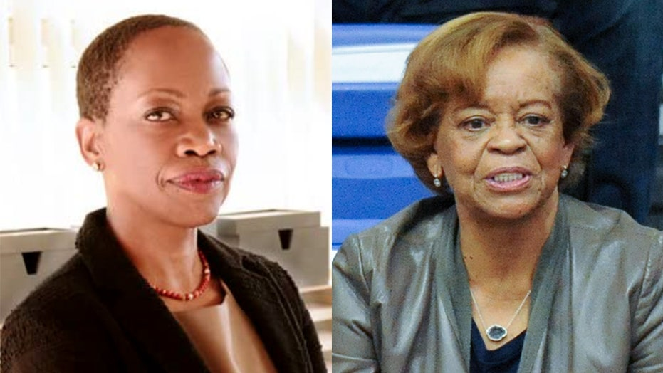 'The First Lady' taps Regina Taylor to play Michelle Obama's mother in Showtime anthology series