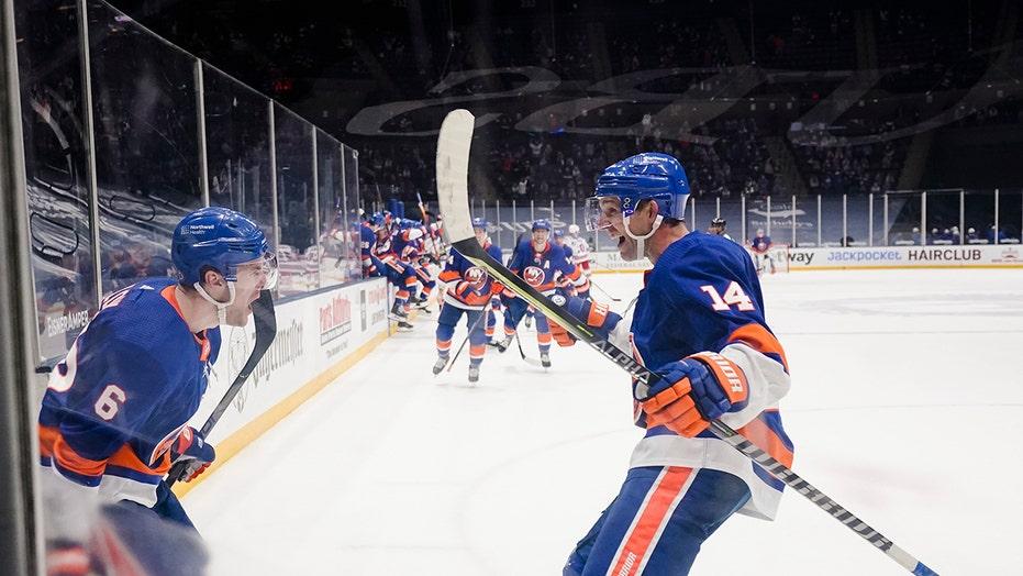 Ryan Pulock scores in OT, Islanders beat Rangers 3-2