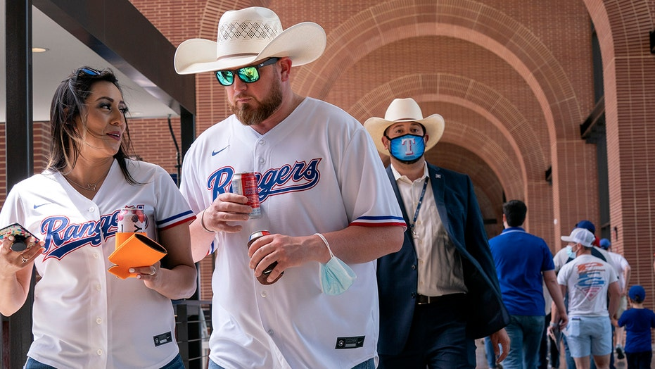 Texas Rangers fans pack Globe Life Park for team's home-opener after capacity limits lifted