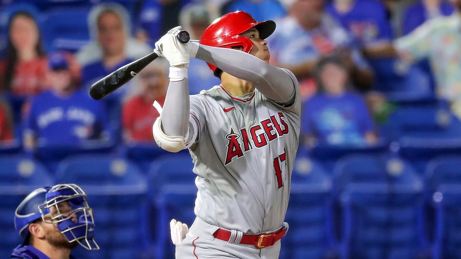 Ohtani homers, drives in 4 as Angels beat Blue Jays 7-1
