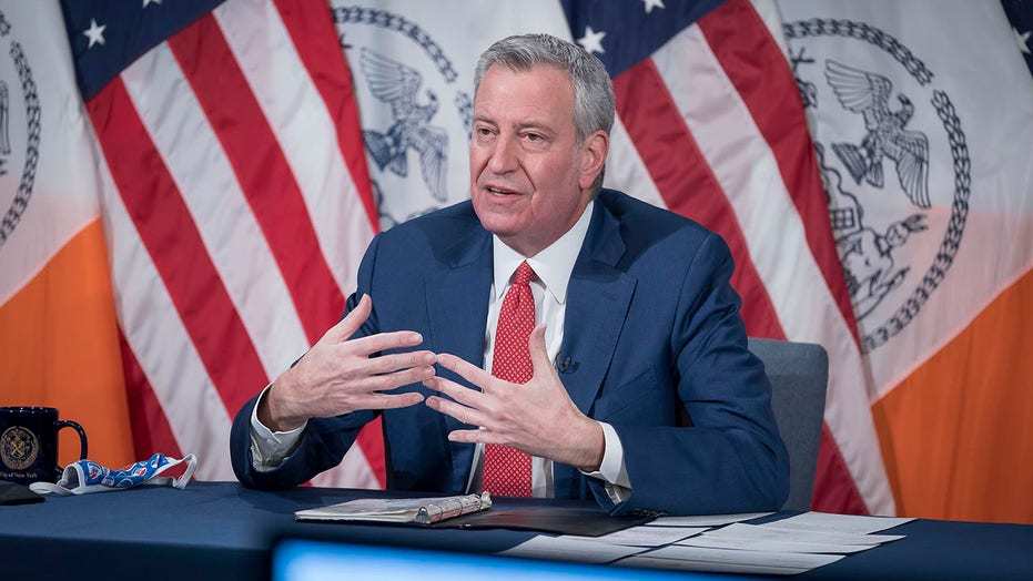 De Blasio revisits last year's failed NYPD plan in effort to curb gun violence