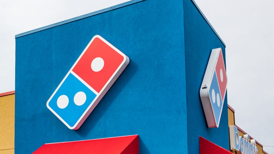 Domino's customer points gun at workers because he couldn't get toppings on the side: report