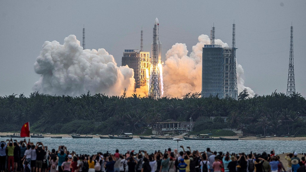 How you can see where falling Chinese rocket core will land