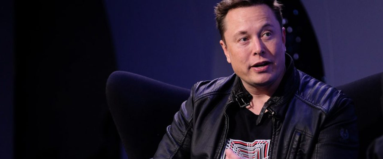 Elon Musk adds 'SNL host' to his auto, space and cryptocurrency endeavors