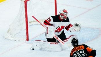 Blackwood has 30 saves as Devils beat Flyers 4-1