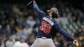 Anderson takes no-hit bid into 7th, Braves beat Brewers 5-1