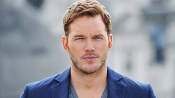 Chris Pratt honors Flag Day by parachuting with Navy 'Leap Frogs': 'The Stars and Stripes represent all of us'