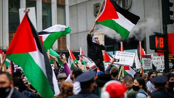 NYC attack on bloodied Jewish man seeking refuge from Palestinian activists