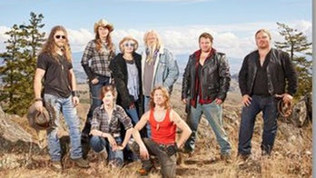 'Alaskan Bush People' star Noah Brown, wife Rhain expecting baby No. 2