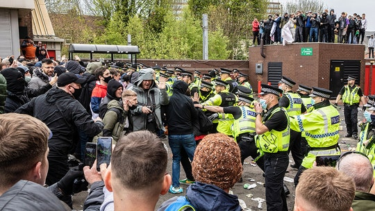 New Manchester United, Liverpool match under threat of further fan protest