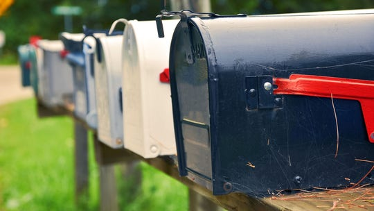 Why people are finding dryer sheets in their mailboxes
