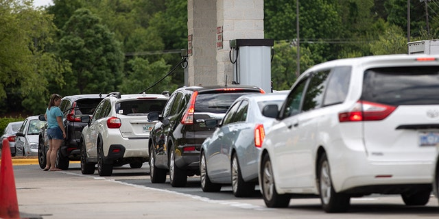 Colonial Pipeline gas shortages worsen as lines grow at the pump
