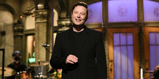 Elon Musk's 'Saturday Night Live' hosting gig gets positive reviews from surprised viewers.jpg