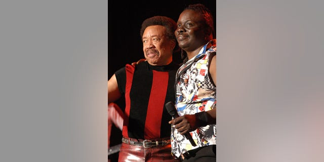 Maurice White (seen here with Philip Bailey) suffered from Parkinson's Disease and had retreated from the public even as the band he founded kept performing.