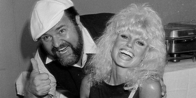 Dom DeLuise and Loni Anderson.