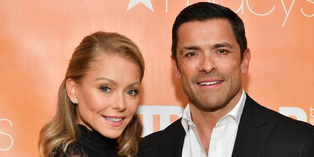 ​​​Kelly Ripa (left) and Mark Consuelos (right) celebrated their 25th anniversary on Saturday, May 1, 2021. (Dia Dipasupil/Getty Images)