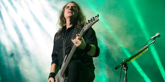 David Ellefson from Megadeth performs at Zenith de Paris on January 28, 2020, in Paris, Francia.