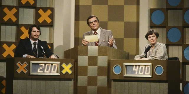 """Each show of """"The Hollywood Museum Squares"""" features a special greeting from former longtime host Peter Marshall (center)."""