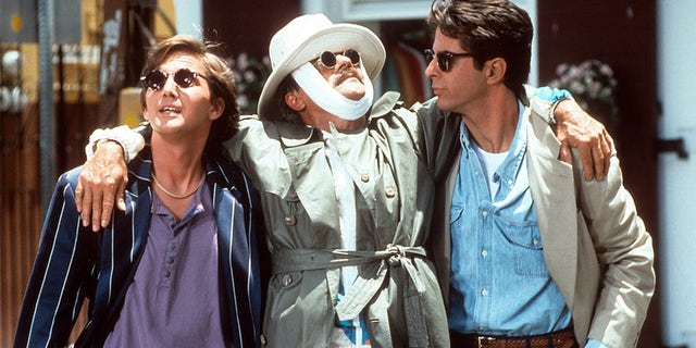 Andrew McCarthy, Terry Kiser and Jonathan Silverman hang out in a scene from the film 'Weekend At Bernie's II', 1993.