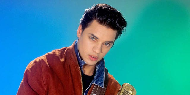 Nick Kamen, Madonna protégé and '80s Levi's model, dead at 59.jpg
