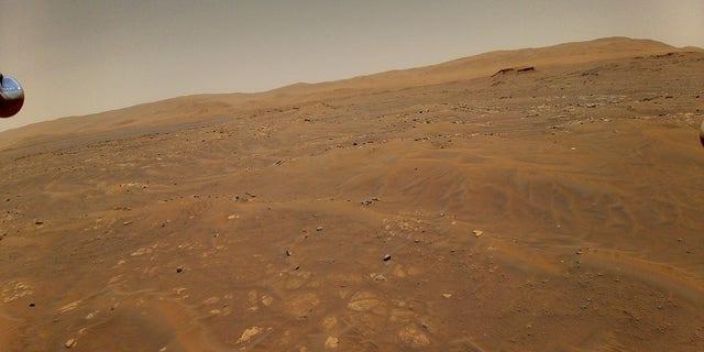 این تصویر از مریخ در حین پرواز ششم در 22 مه 2021 از ارتفاع 10 متری در 33 فوت هلی کوپتر تیزهوشی در مریخ گرفته شده است (NASA / JPL-Caltech)