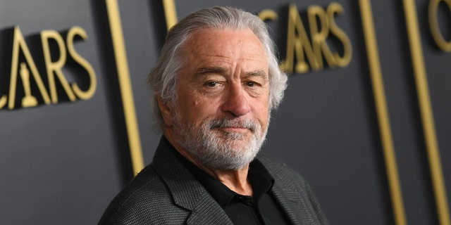 Robert De Niro injures leg while on location for new movie, could delay production.jpg