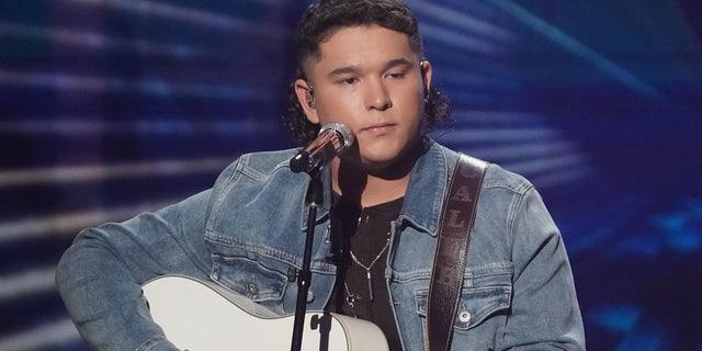'American Idol' finalist Caleb Kennedy exits show after alleged KKK video surfaces.jpg