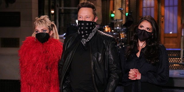 How Elon Musk's 'SNL' appearance created a 'seismic shift' for his personal brand: expert.jpg