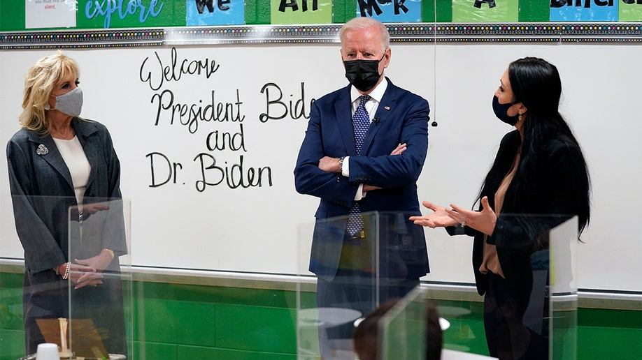 Joe-Biden-Elementary-School-Visit-AP Out of the Mouths of Babes: Fifth graders tell the Bidens virtual learning allowed them to eat and sneak in a nap Featured Politics Top Stories U.S. [your]NEWS