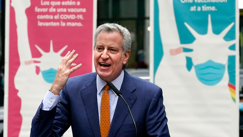 De Blasio hits back after 7 of 8 NYC mayoral candidates say they don't want his endorsement