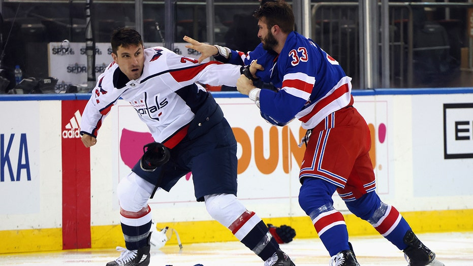 Rangers, Capitals get into 6 fights in aftermath of Tom Wilson's dirty hit