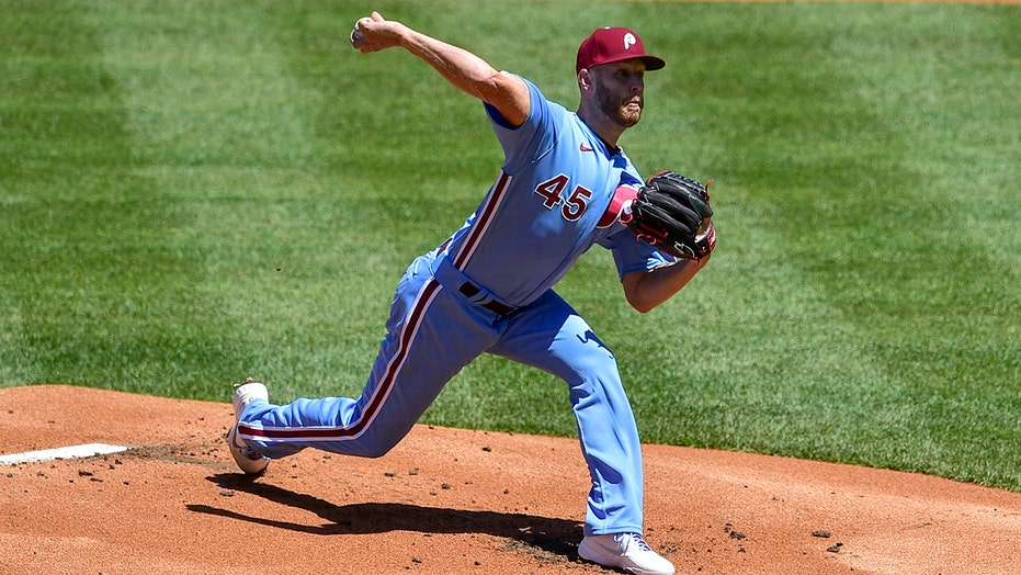 Phillies' Wheeler tosses 3-hitter, fans 8 in 2-0 victory