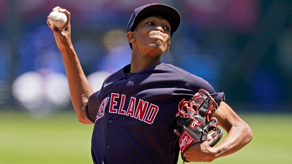 McKenzie, Reyes and Indians beat Royals 4-0 for 4-game sweep