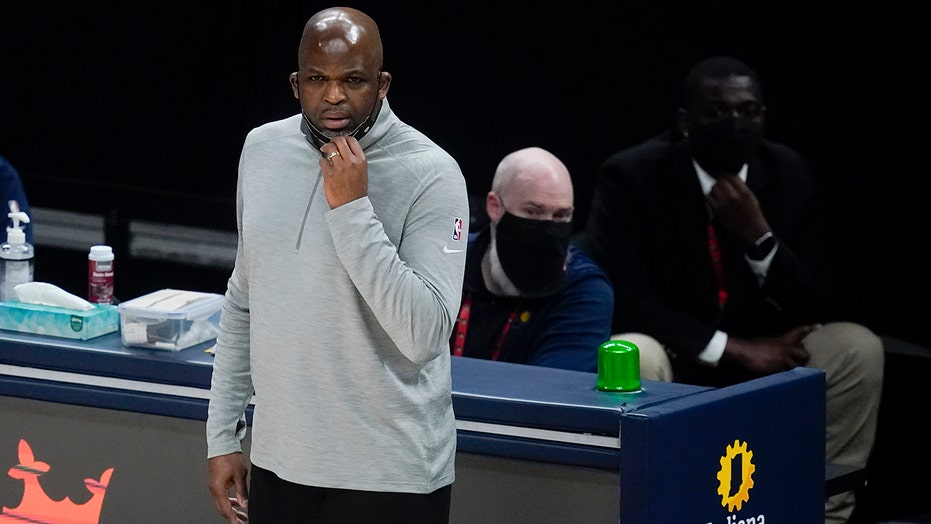 McMillan fined $25,000 for saying NBA favors Knicks' success