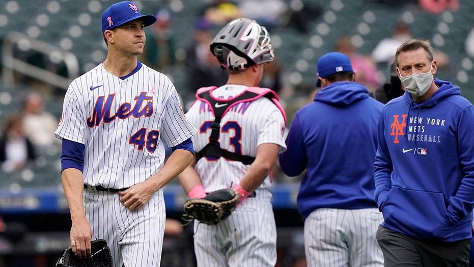 Jacob DeGrom's injury scare continues, Mets win 5th straight