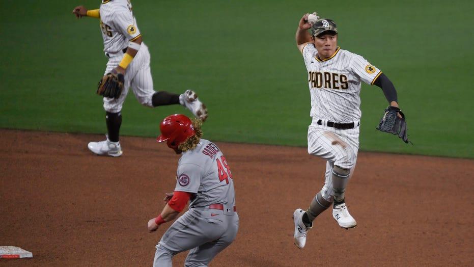 Musgrove gets 1st win since no-hitter, Padres beat Cardinals