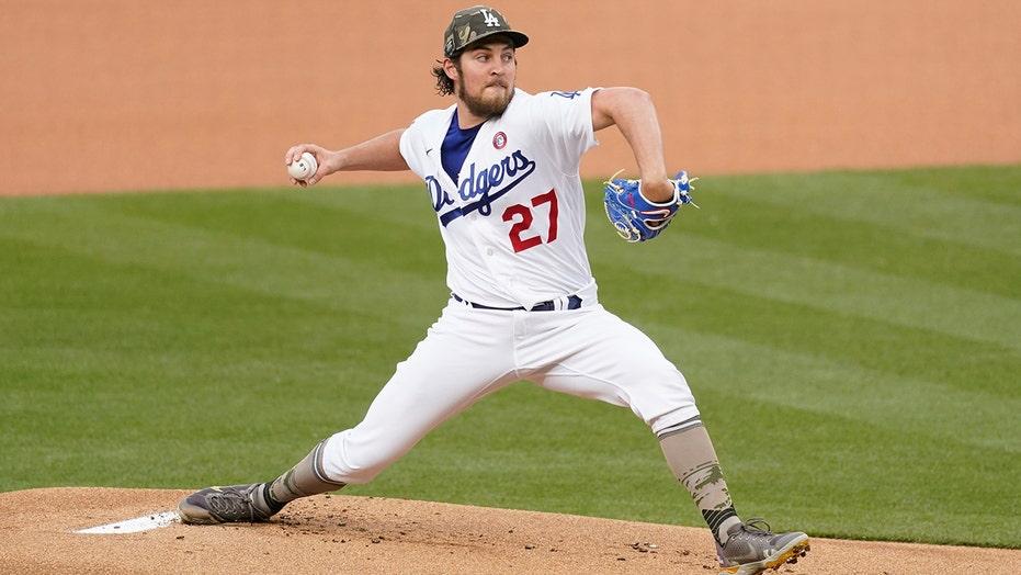 Bauer K's 10, Muncy has 3 hits as Dodgers blank Marlins 7-0