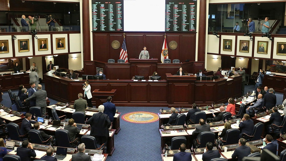 Florida governor signs bill for Seminole sports betting deal