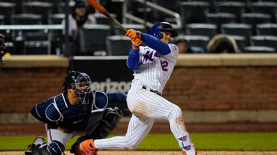 Lindor homers, Mets rout Braves 13-2 after Ozuna arrested