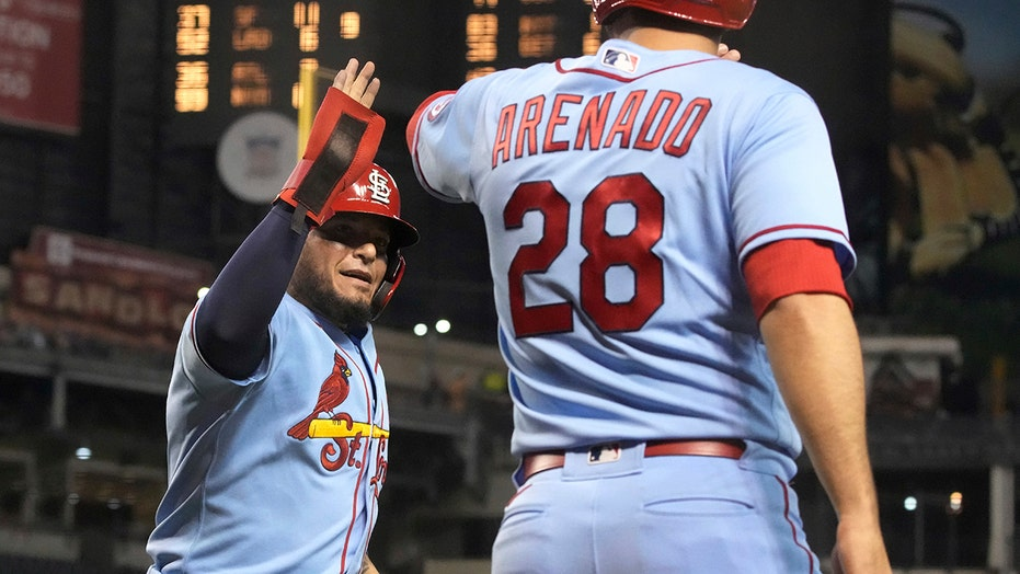 O'Neill homers again, Cards send D'backs to 13th loss in row