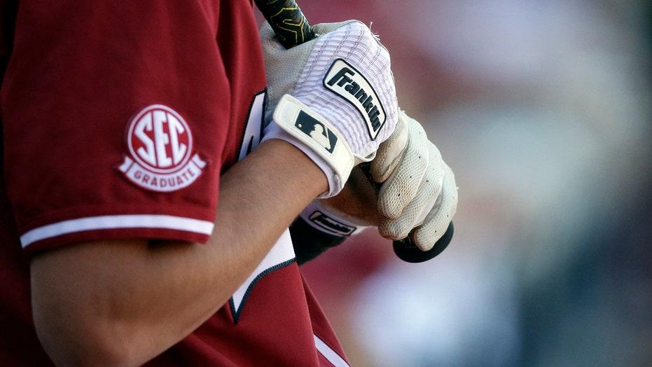 4 more SEC teams win NCAA regionals; USF's run keeps going