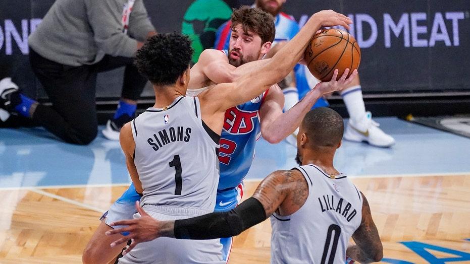 Lillard, Blazers pull away from Nets, stay unbeaten on trip